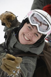 Winterspaß ohne Risiko - RUF Jugendreisen setzt auf Helmpflicht